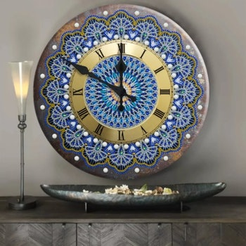 Diamanttavla (R) Klocka Golden Blue 29 cm i diameter - Leveranstid 1-3 Dagar