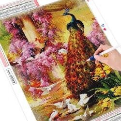 Diamanttavla Peacock And Pigeons 50x70 - Leveranstid 1-3 Dagar