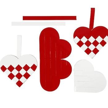 Pyssel Flätade hjärtan, stl. 13,5x12,5 cm, röd, vit, 8 set/ 1 förp