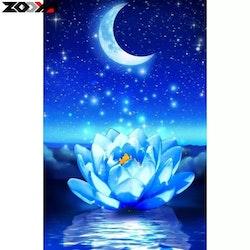 Diamanttavla Moon And Lotus 30x40
