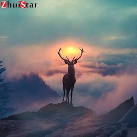 Diamanttavla Deer On Mountain 50x50