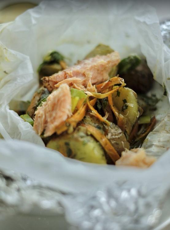 Matpaket. 2st lunch, 1st 2 rätters middag inkl. sallad.