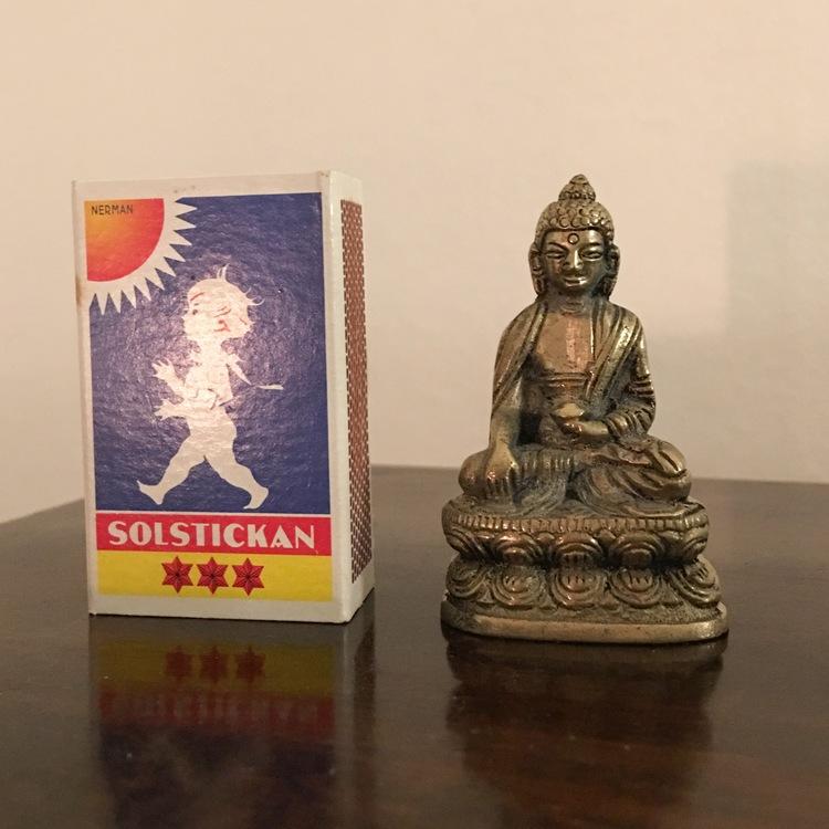 Liten buddhastaty