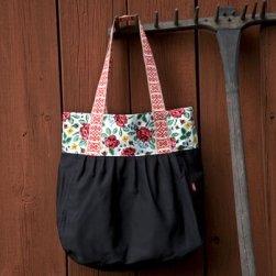 Lilla Dalom shoppingbag svart