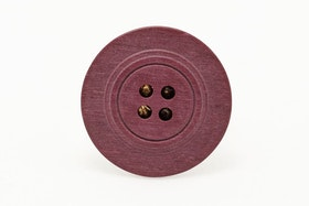 Vinröd knapp, ring