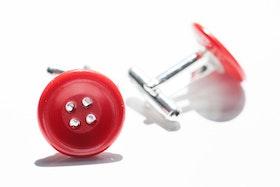 Röda knappar, manschettknappar