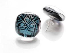 Örstickare av handgjort glas i turkos och svart