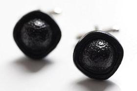 Svarta knappar, manschettknappar