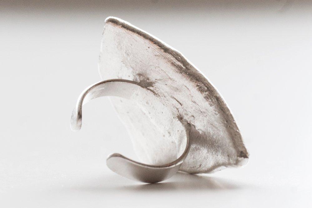 Retroporslin och silver, ring