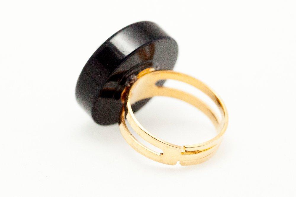 Knappar, ring