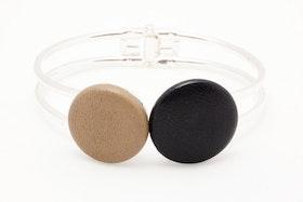 Beige och svarta knappar, armband