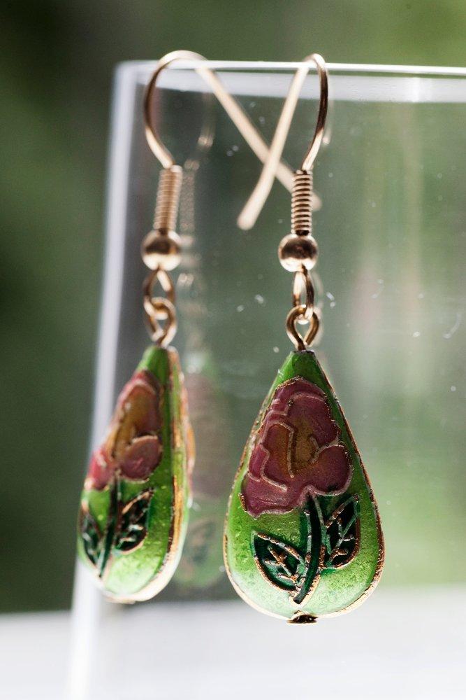 Gröna cloisonnepärlor, örhängen