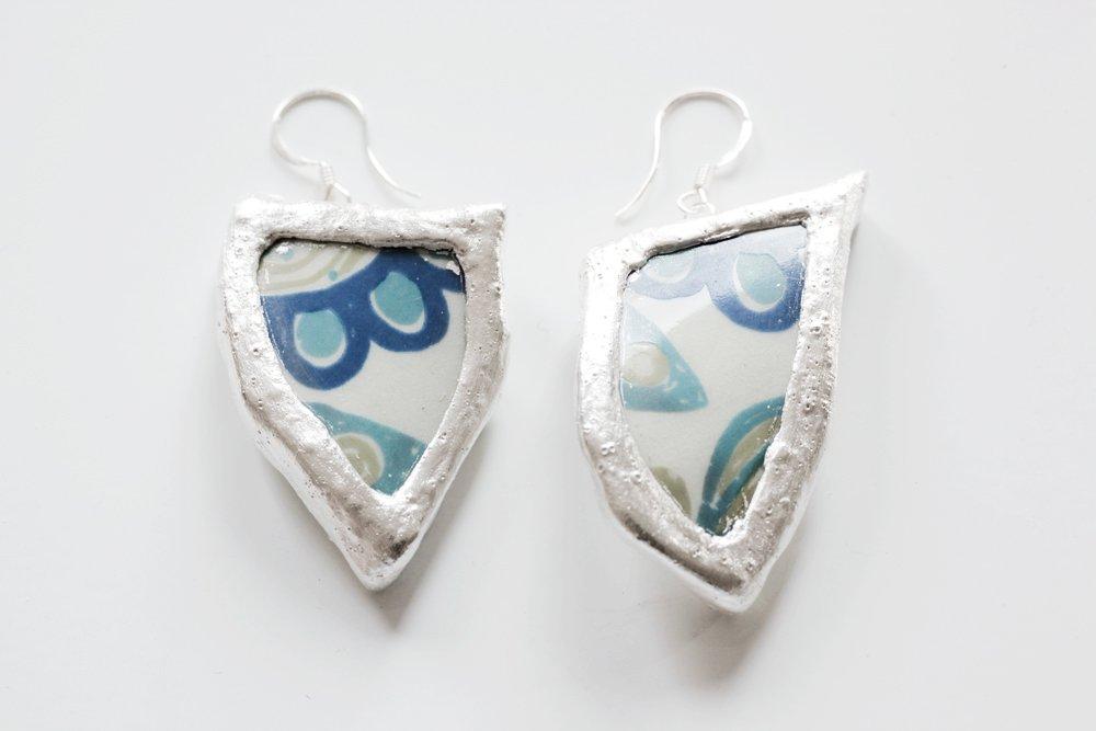 Retroporslin och silver, örhängen