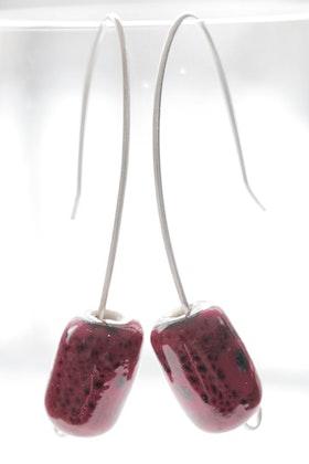 Röda pärlor, örhängen