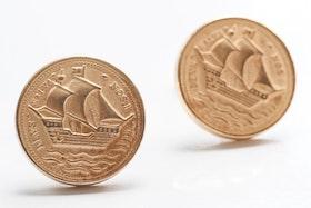 Guldiga knappar med skepp, manschettknappar