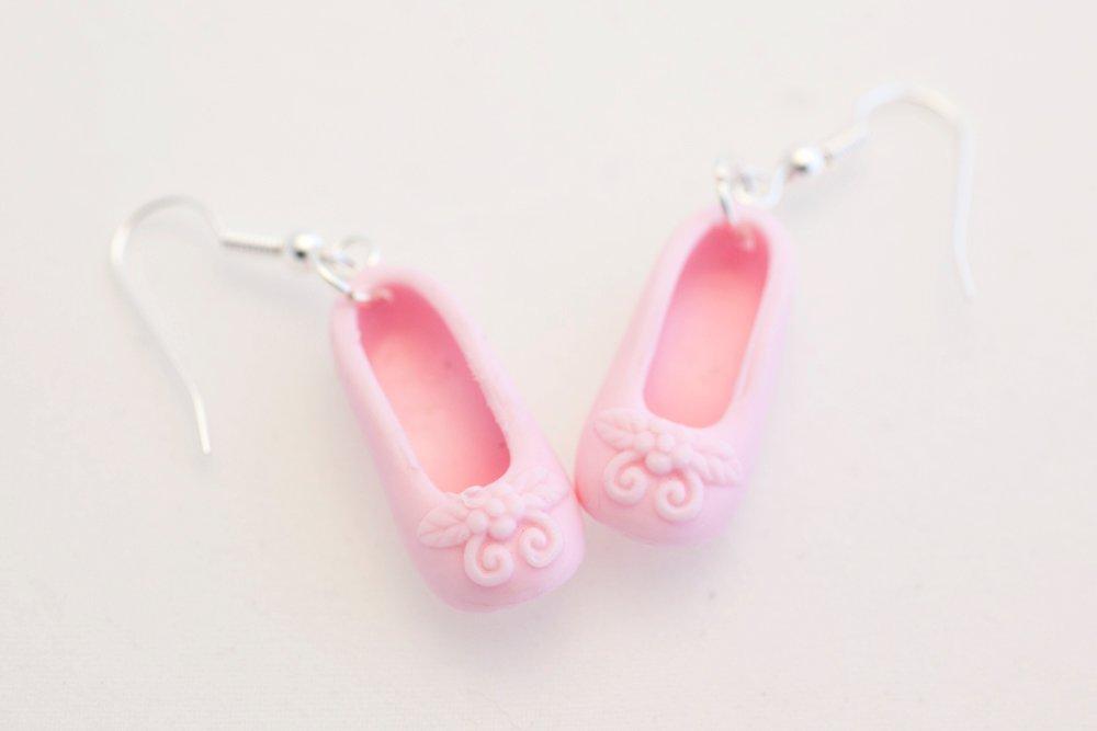 Ballerinaskor i rosa, örhängen