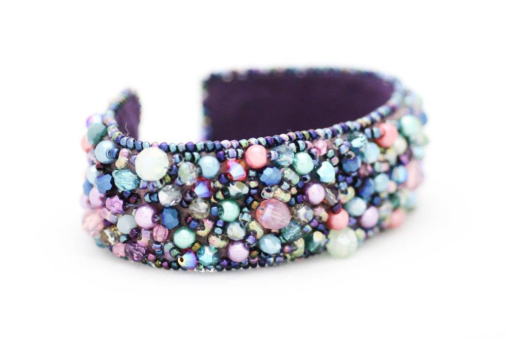 Pärlbroderat armband