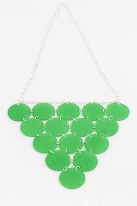 Grön triangel, halsband