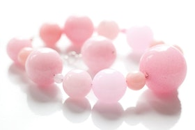Pärlarmband i rosa