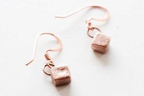 Kopparkuber, örhängen
