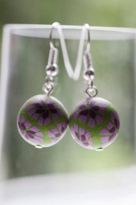 Blommönstrade pärlor, örhängen