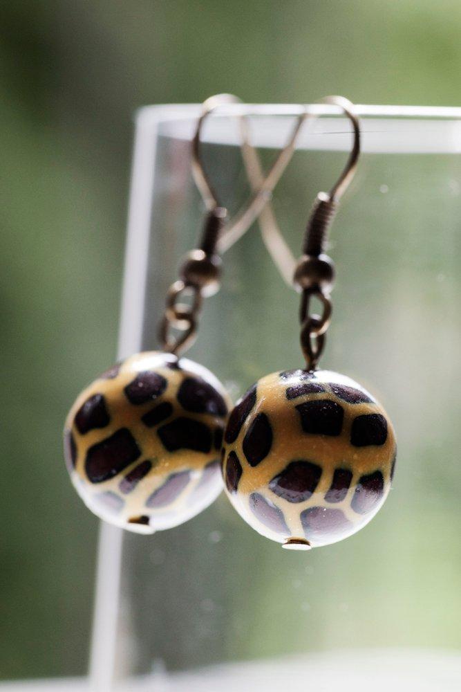 Leopardmönstrade pärlor, örhängen
