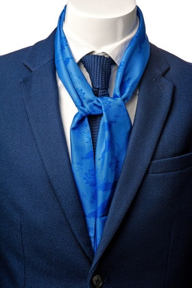 Le Cannet Scarf - Blue Peacock