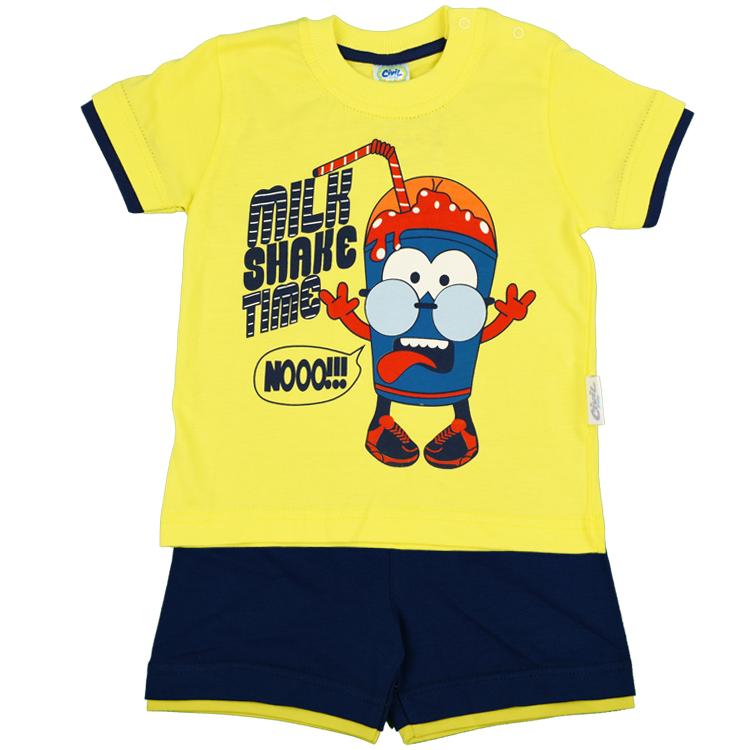 T-shirt med shorts