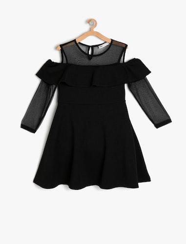 Cold shoulder-klänning