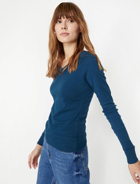 Finstickad tröja