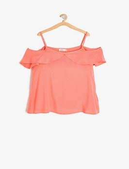 Cold shoulder blus