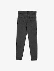 Svarta slim fit jeans