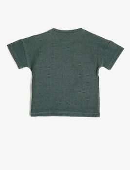 T-shirt med broderi