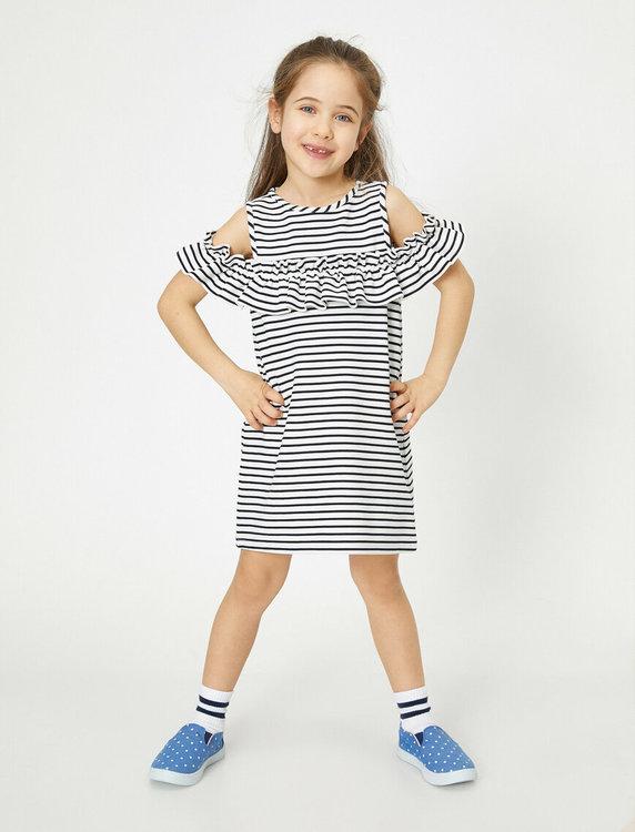 Off shoulder-klänning