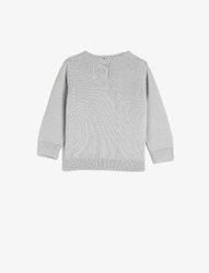 Strukturstickad tröja