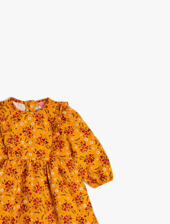 Volangklänning