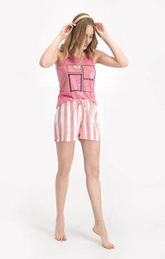 Pyjamas med linne och shorts
