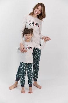 Familj matchande pyjamas
