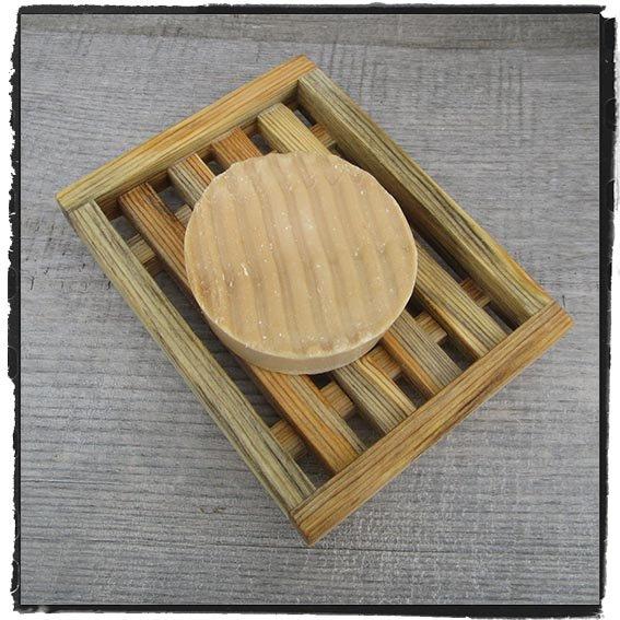 Tvål-ställ med kant