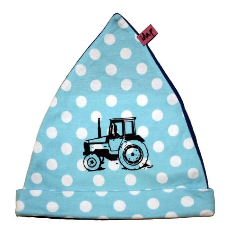Blå och vit prickig mössa med traktor valmet