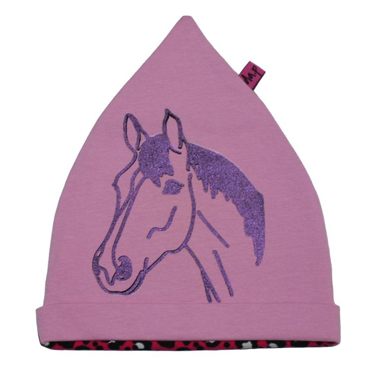 Rosa mössa med handtryckt glittrig häst. Leopardmönstrad baksida.