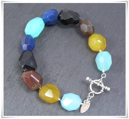 Armband med färgade agater (275)