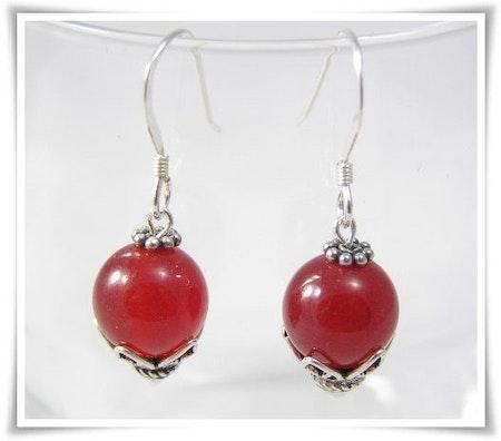 Örhänge med röd jade (291)