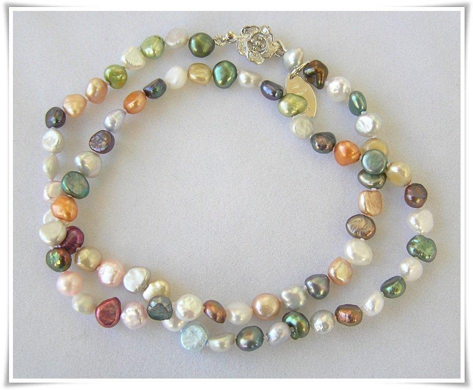 Halsband med sötvattenspärlor (326)