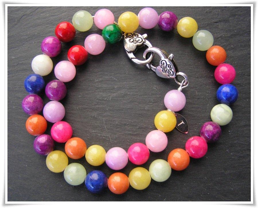 Halsband med färgad jade  (360)