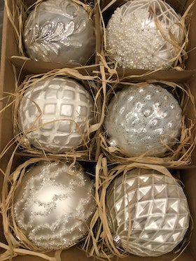 Julgransdekoration. 12 cm. Gl. Ball. white. 6 piece