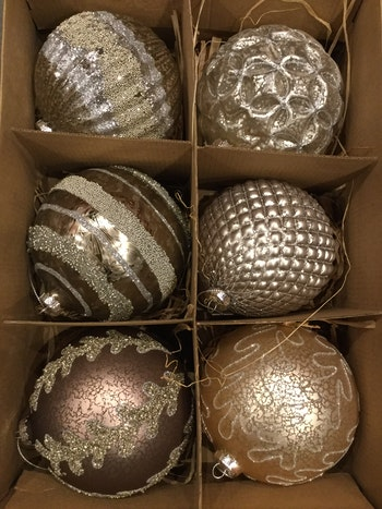 Julgransdekoration. 12 cm. Gl. Ball.6 piece
