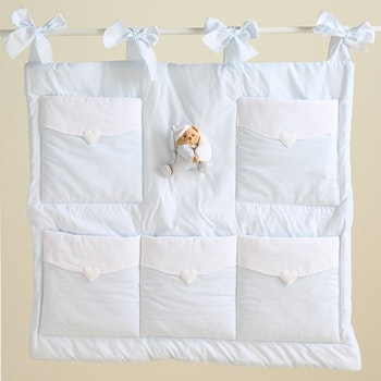Hanging storage panel with pockets in 3 Color