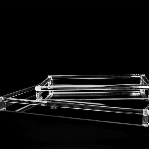Ljusbricka/Spegel fat m/glas kant. Finns i två storlekar.