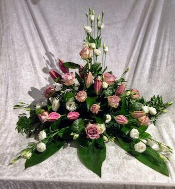 Stående dekoration i rosa vit och lila